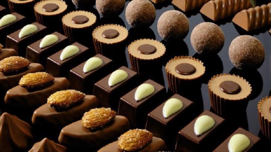 مرکز بازرگانی فردوسی-ferdowsi trading center-صادرات شیرینی و شکلات ایرانی