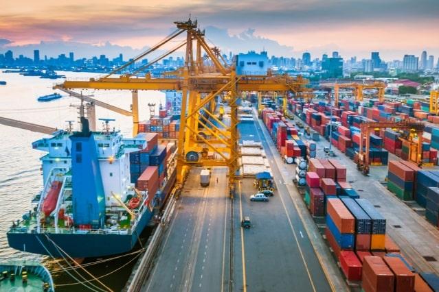 مرکز بازرگانی فردوسی-ferdowsi trading center-انتقاد صادرکنندگان نتیجه داد/ نرخ پایه صادراتی اصلاح شد
